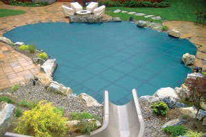 Loop Loc manufactures the safest swimming pool cover in the market today and Select Pool Services is the Dallas and Fort Worth Texas area professional installation contractor