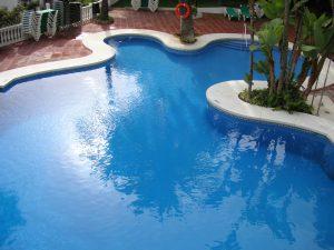 How Long Do Swimming Pools Last